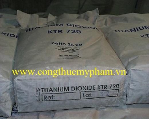 ban-titanium-dioxide-gia-si-4..jpg